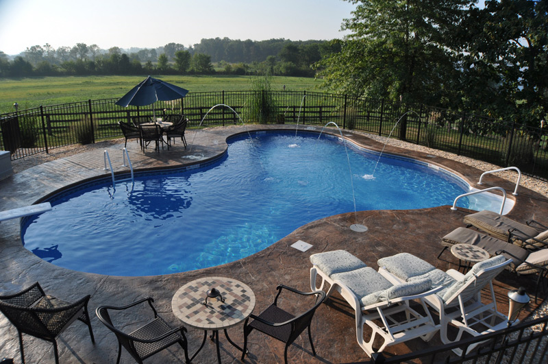 Gallery yorktown pools spas york pa for Pool design hours